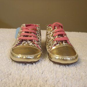 Other - NWT Girl Shoes Cheetah Print
